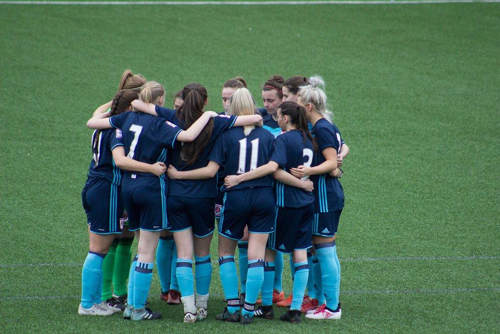 Fawnl Reserve Cup Kicks Off She Kicks Women S Football