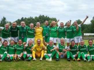 Hibernian celebrate winning their UWCL qualifying group.