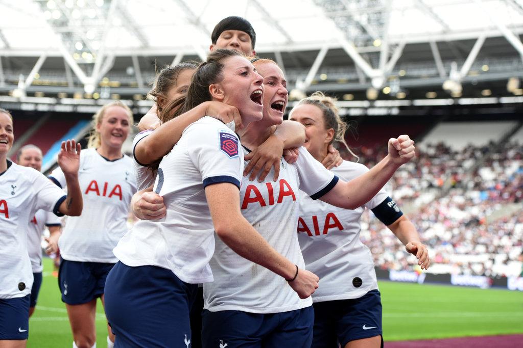 Spurs celebrate a second goal at London Stadium