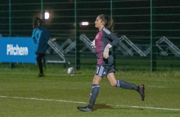 Wales U17 goalkeeper, Safia Middleton-Patel