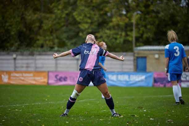 Dulwich Hamlet, new London & South East leaders