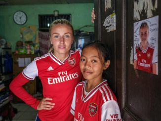 Save the Children Arsenal Leah Williamso