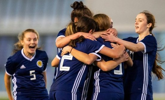 Scotland U-17s celebrate goal against Montenegro