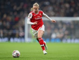 Beth Mead signs new contract