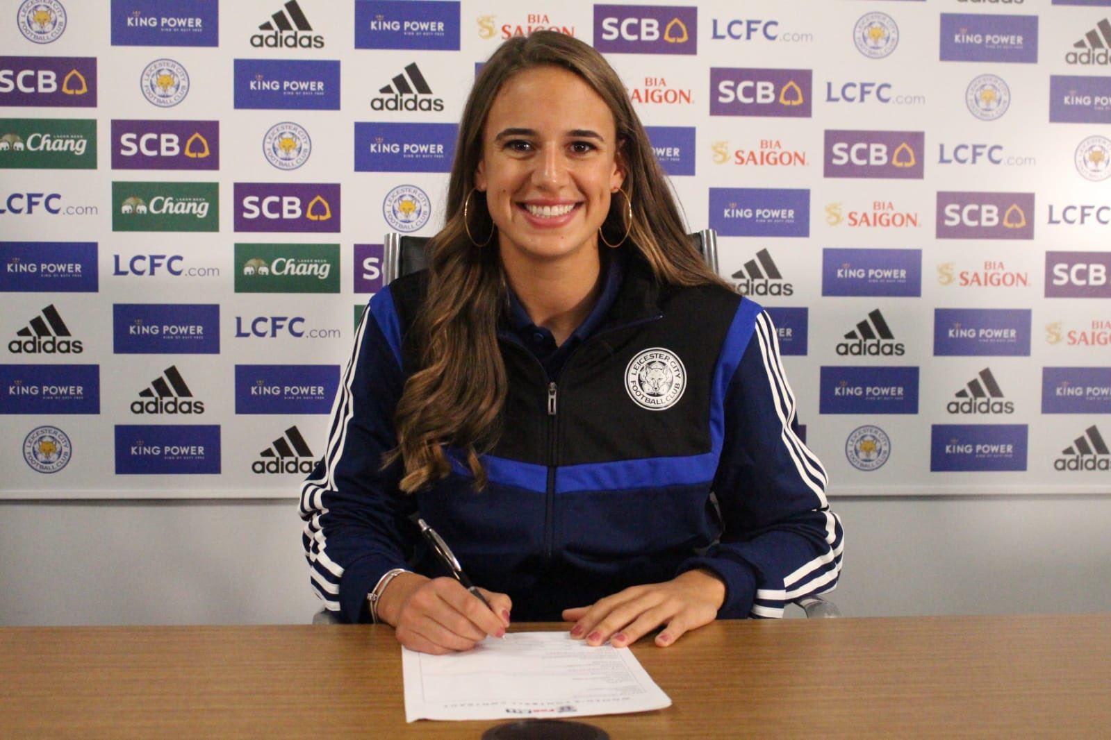Leicester City's new signing, Ashleigh Plumptre