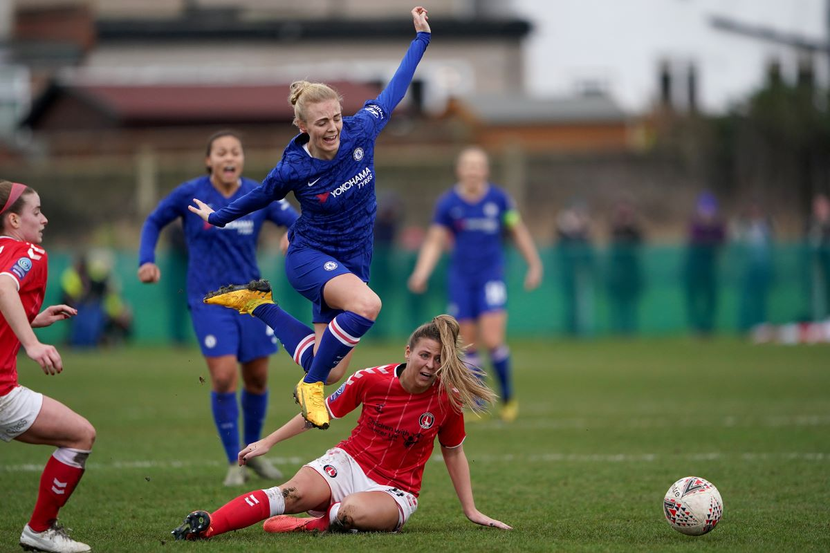 Sophie Ingle is fouled at Charlton