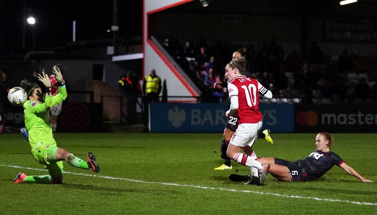 Kim Little scores to send Arsenal into Conti Cup semis