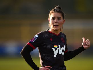 Reading's Brooke Chaplen extends contract