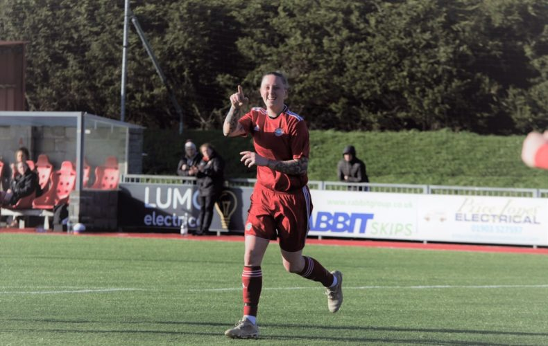 Worthing win 12 in a row