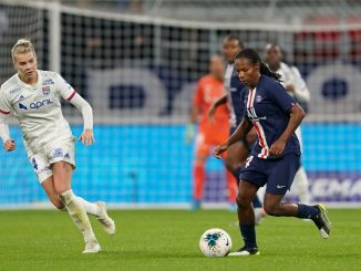 Formiga signs new PSG contract