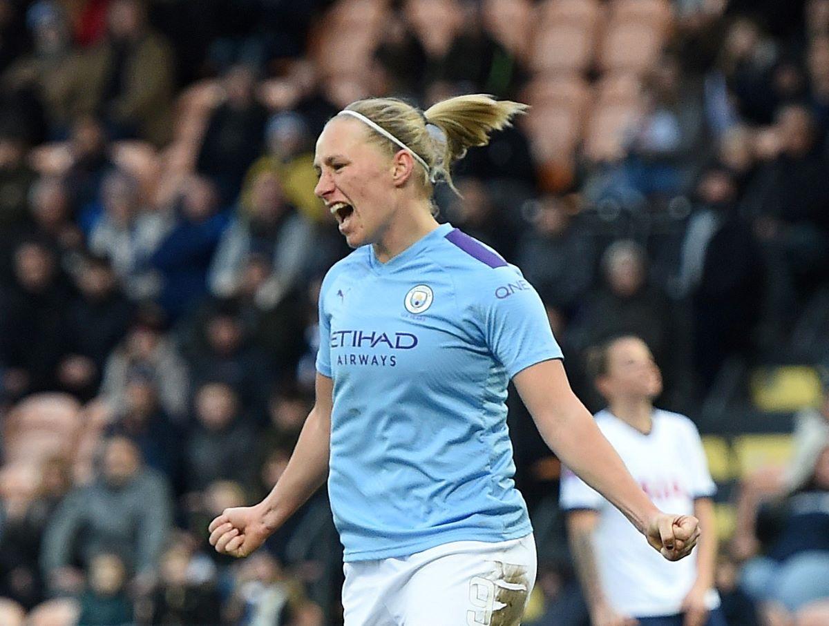 Pauline Bremer leaves Man City