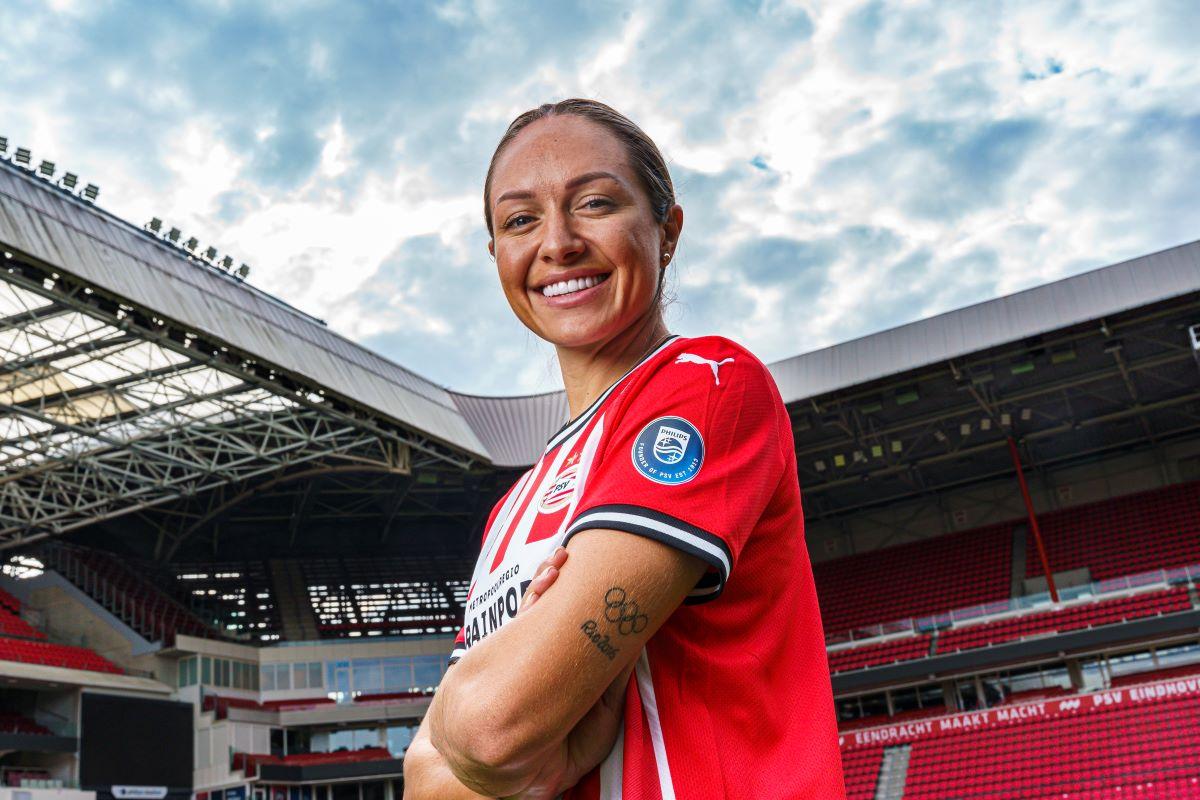 PSV new signing, Kyah Siomn