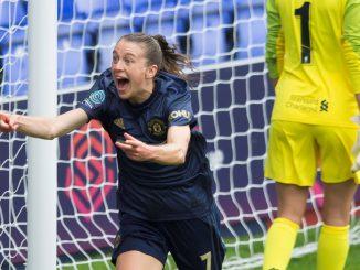 Rangers new signing Lizzie Arnott