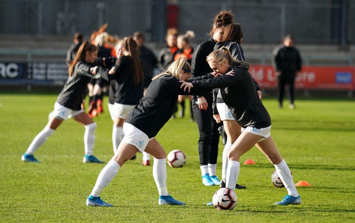 London City Lionesses warm-up