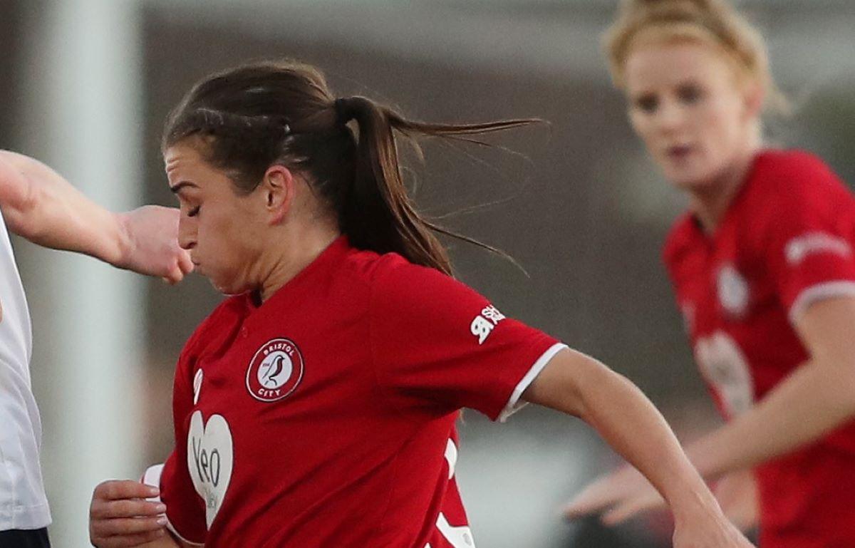 Bristol City signing, Megan Wynne