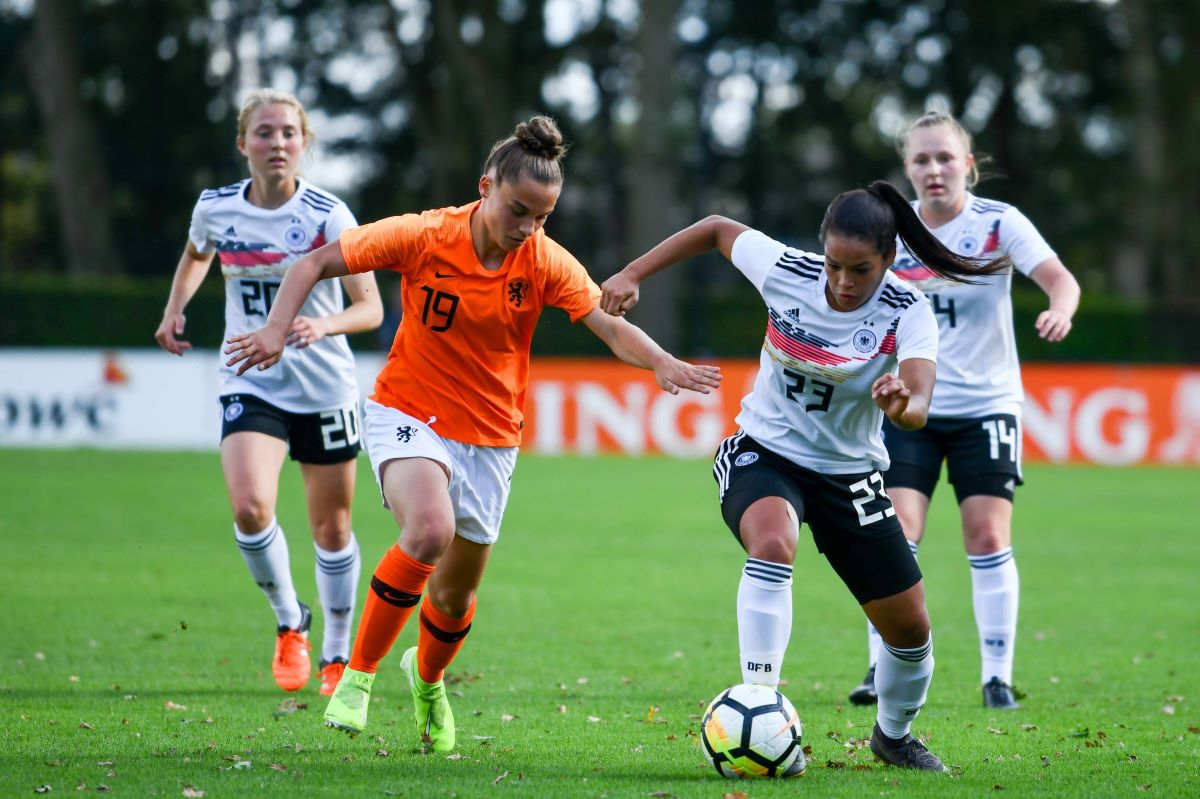 Ivana Fuso (on the ball) is man United;s latest signing