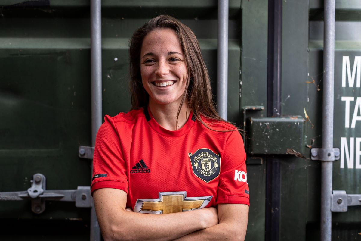 Man Utd Women sign Spanish international defender - SheKicks