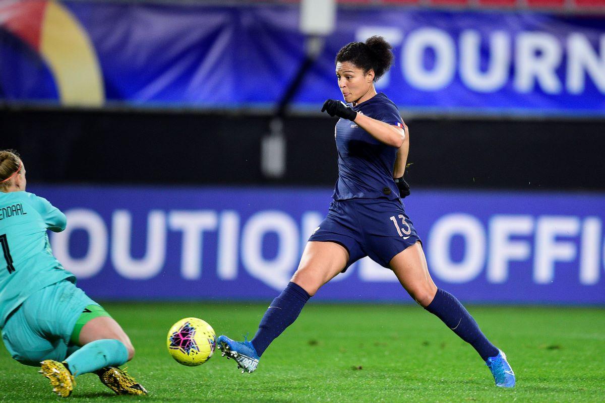 Everton's new signing, Valerie Gauvin