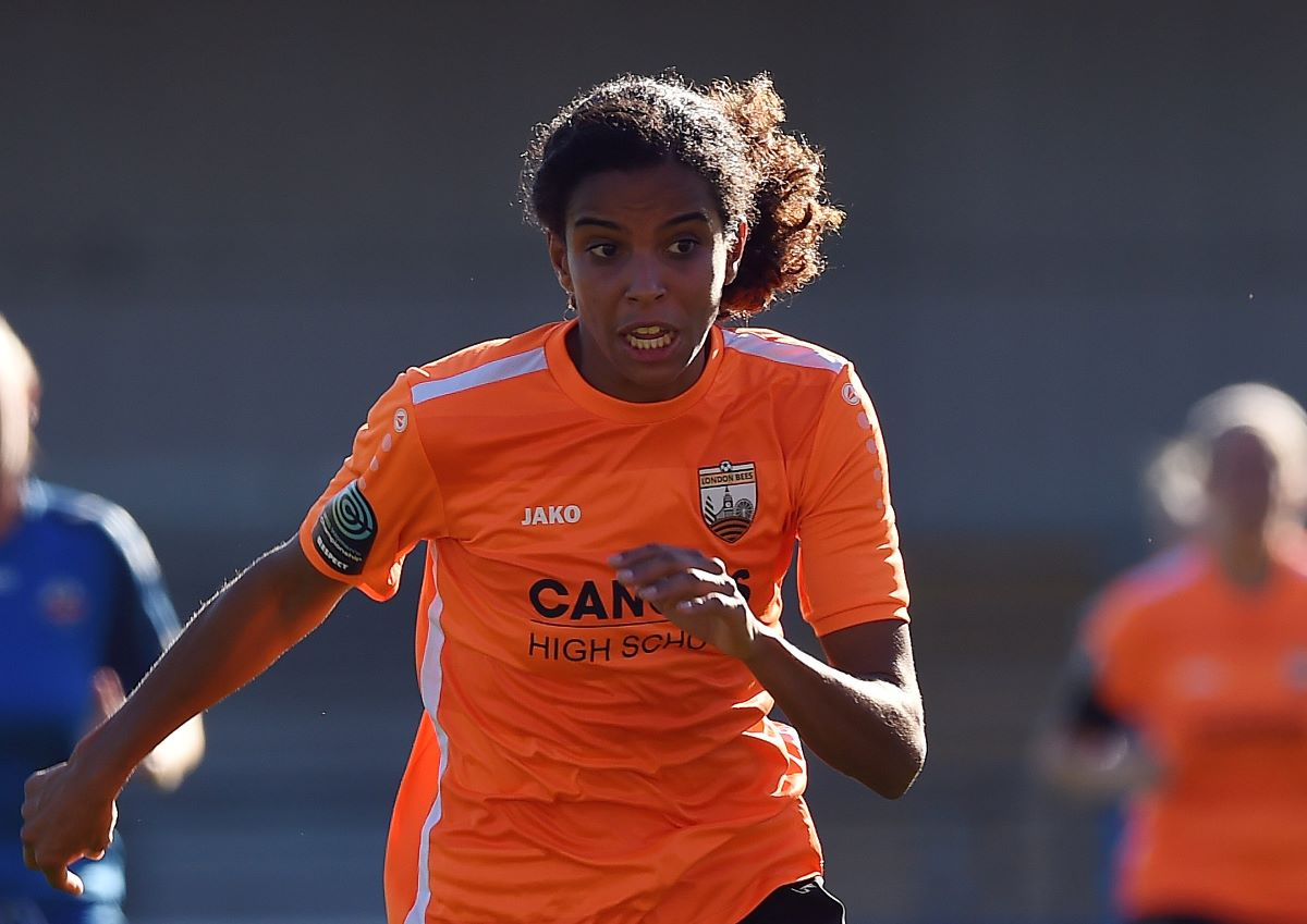 Birmignahm City's new signing, Destiney Toussaint