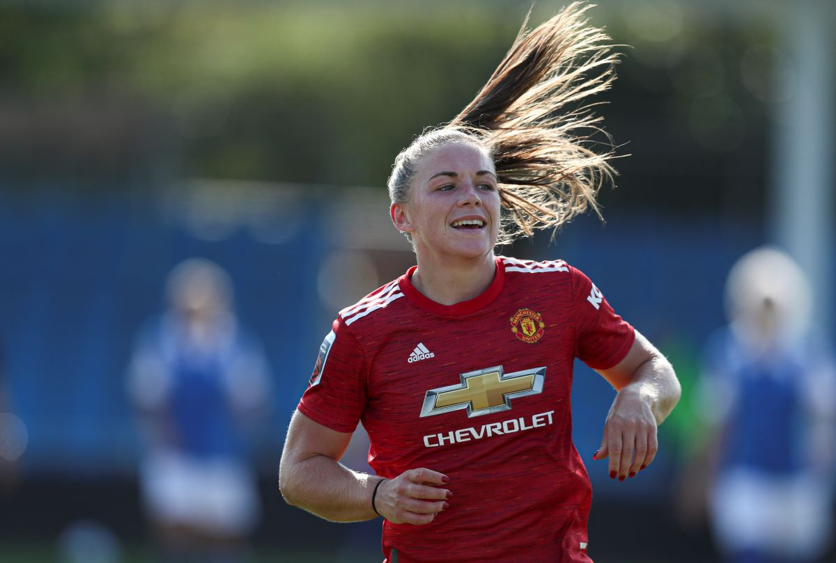 Man Utd's two-goal Kirsty Hanson