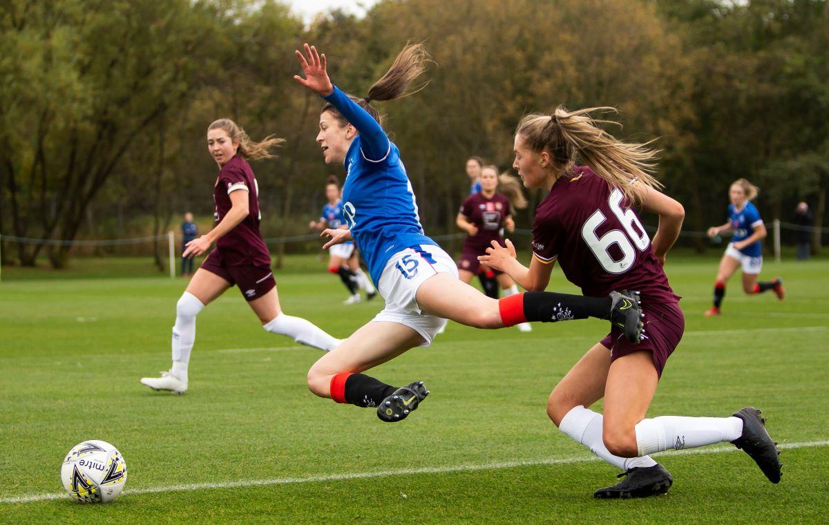 Rangers Women's Lizzie Arnot