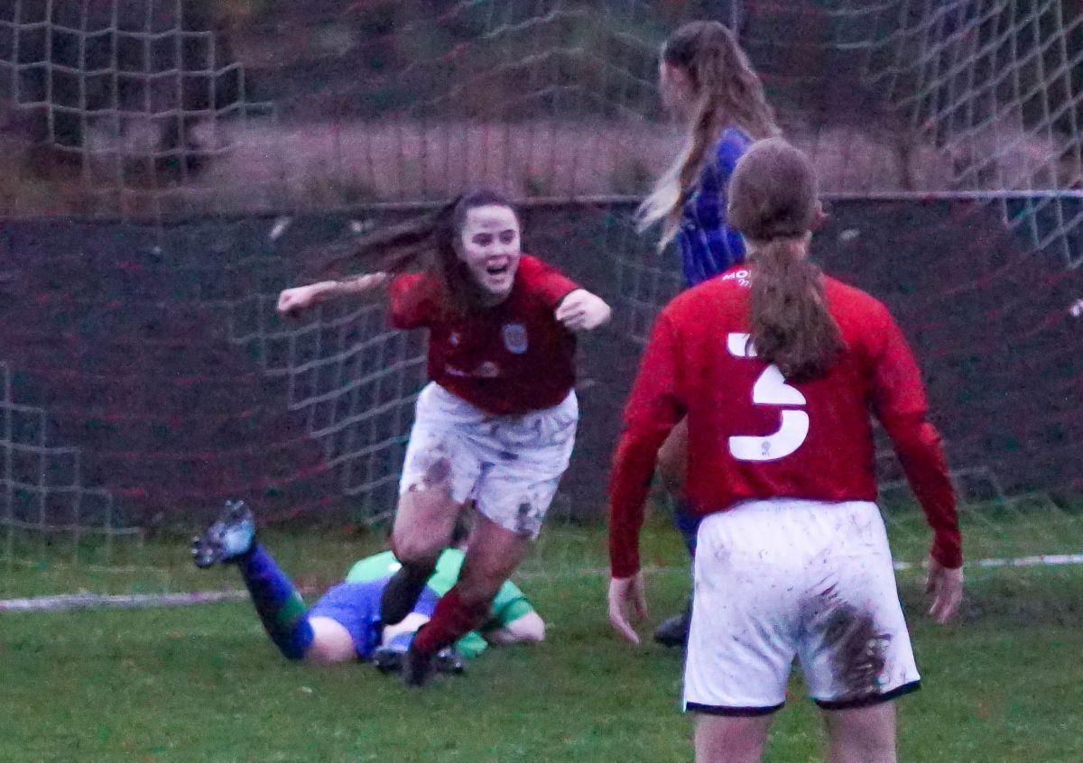 Crewe Alexandra score at Wigan