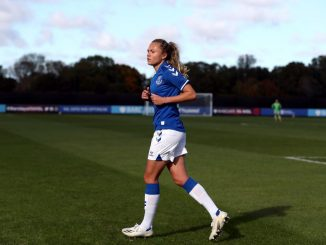 Claire Emslie extends Everton stay