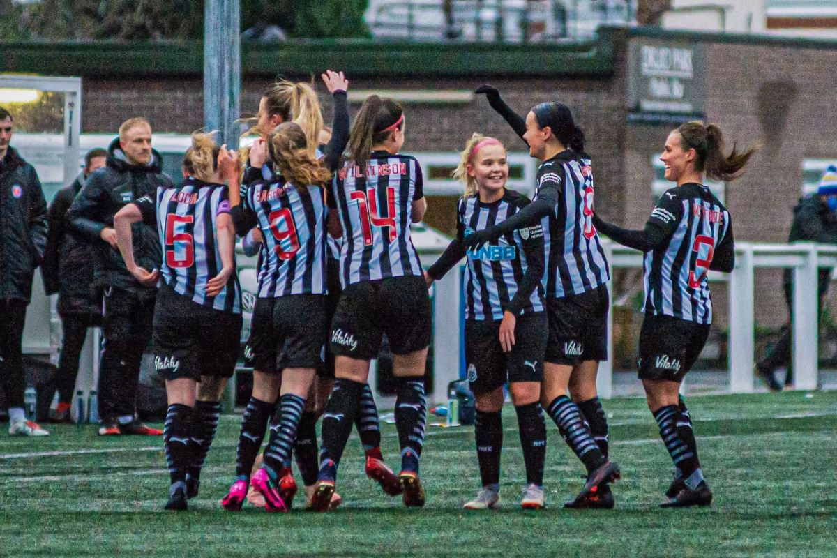 Newcastle United celebrate their win in the Women;s FA Cup