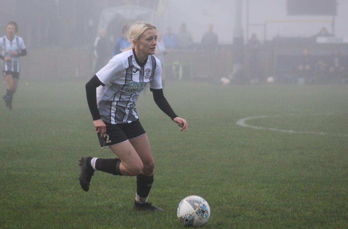 St Ives Town v AFC Dunstable in the fog