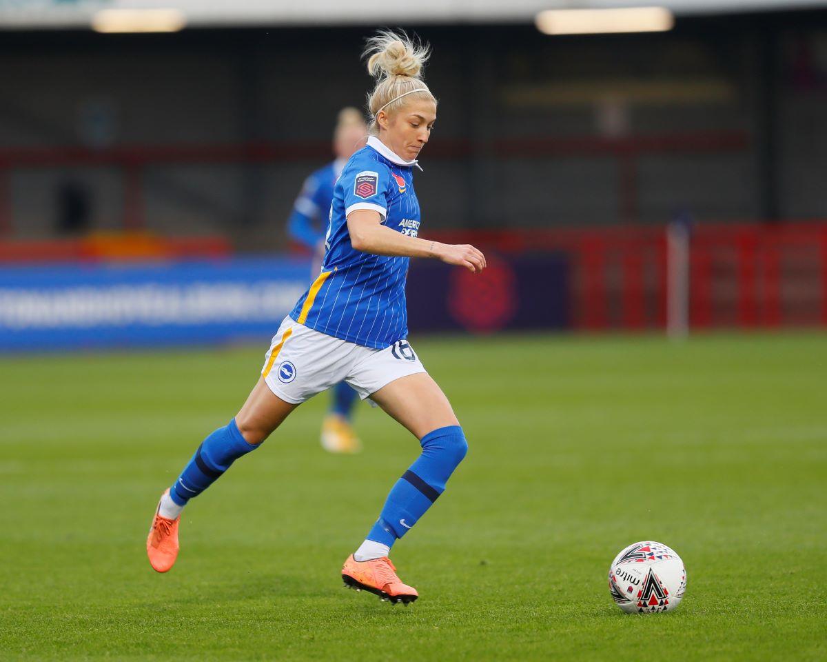 Crystal Palace loan signing, Kirsty Barton