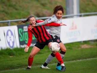 London Bees' new signing, Emily Donovan
