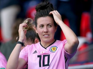 Scotland's Leanne crichton retires
