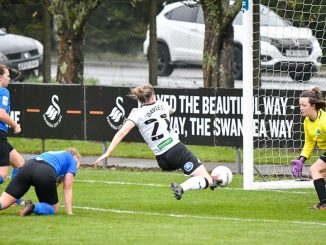Laura Davies scores for Swansea City