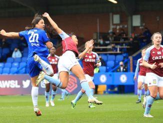 Chelsea's Sam Kerr scores