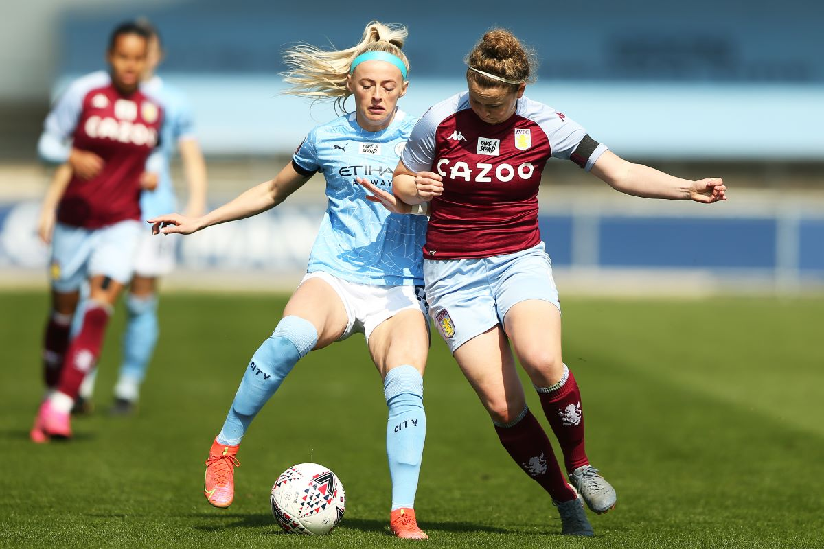 Man City's Chloe Kelly on the attack
