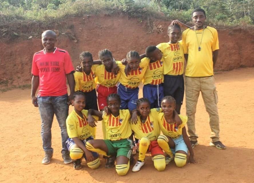 Women's football team from the A.E. Ramassà