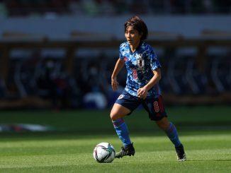 Arsenal's new signing, Mana Iwabuchi