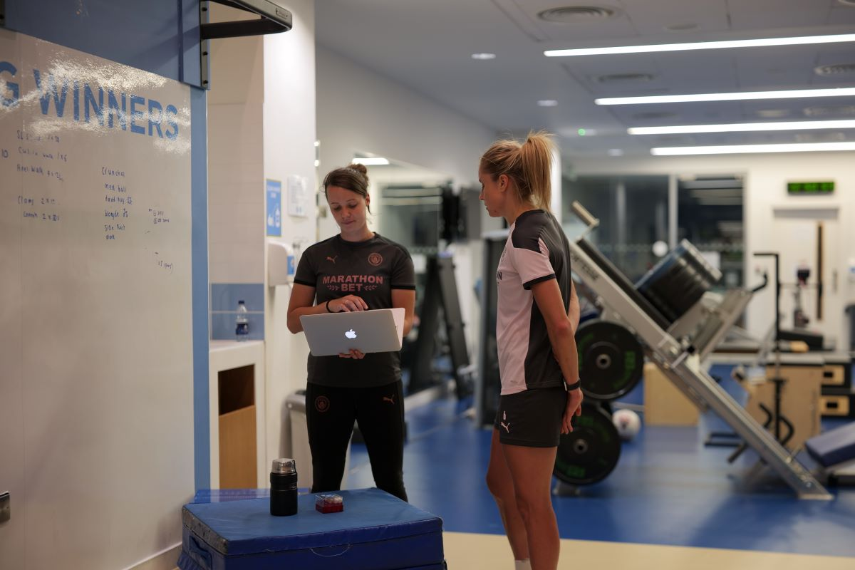Stephu Houghton assists with research