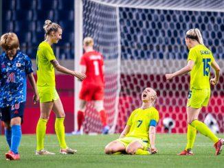 Sweden's Caroline Seger celebrates