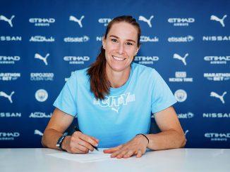 Karen Bardsley signs new Man City contract