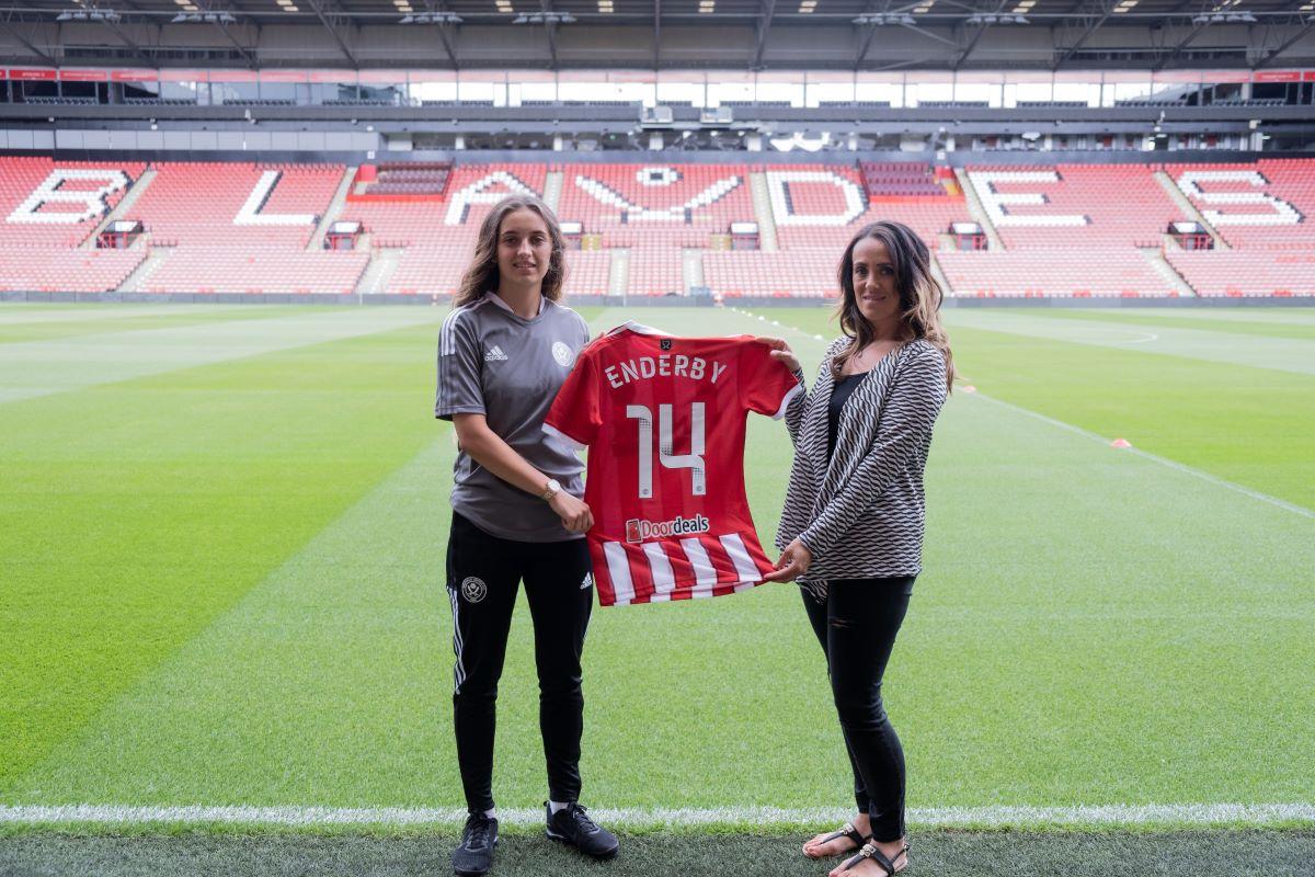 El nuevo fichaje del Sheffield United, Mia Enderby