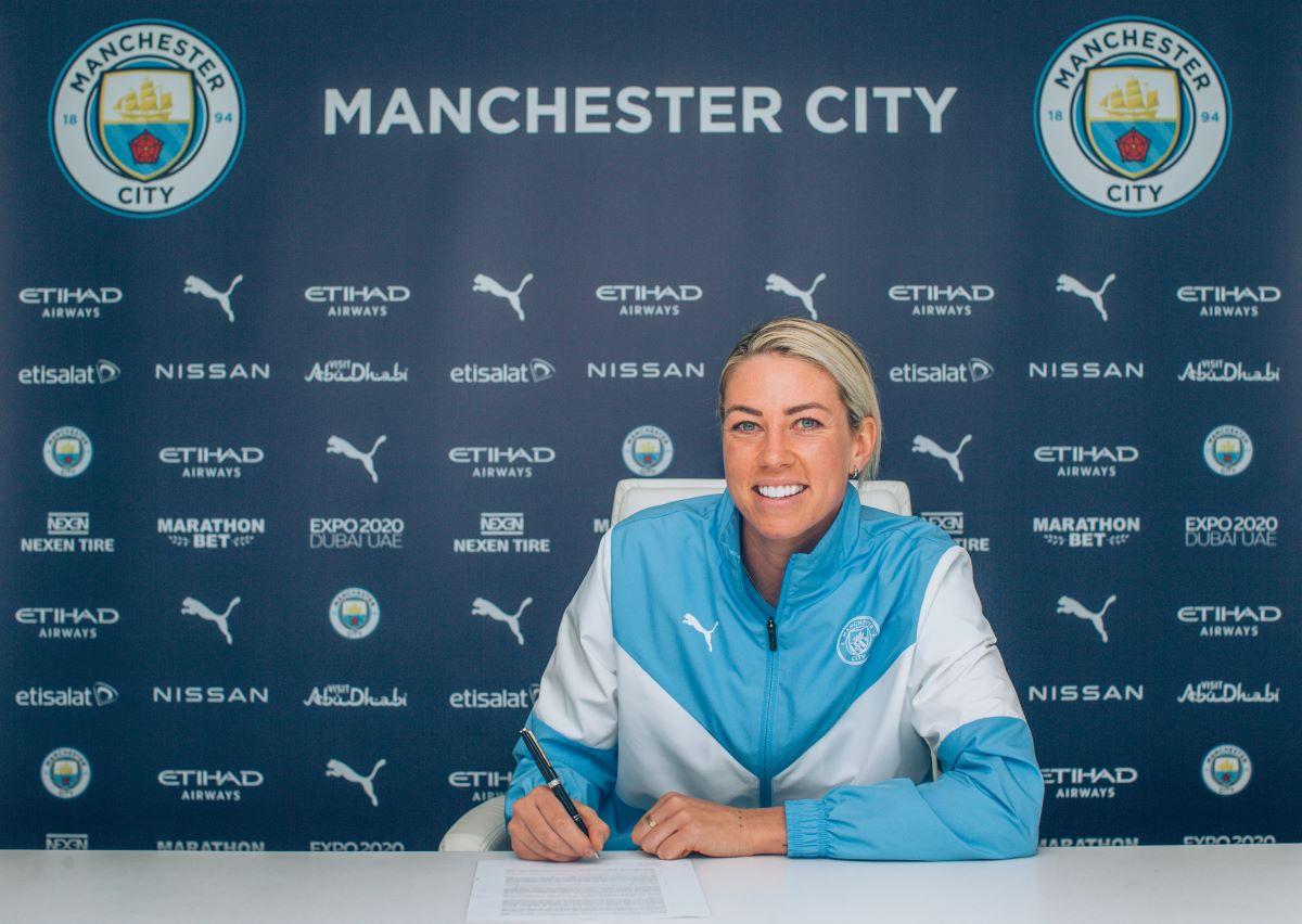 Man City's new signing, Alanna Kennedy