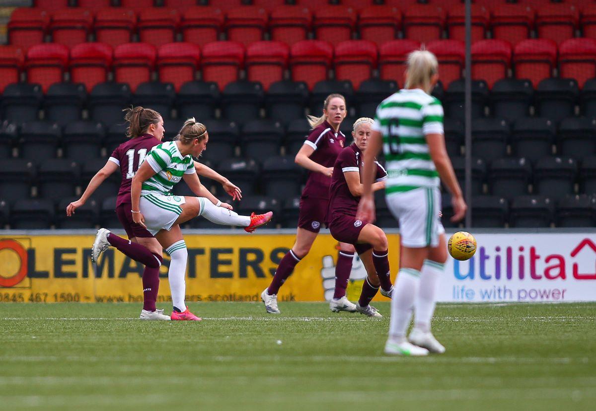 Celtic venció a Hearts 2-0