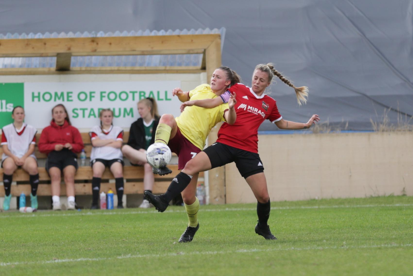 Millie Ravening Burnley Nicole Kemp Sheffield | Últimas Noticias Futbol Mundial