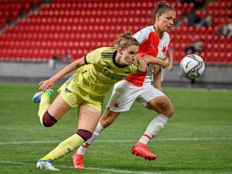 Arsenal's three-goal Vivianne Miedema