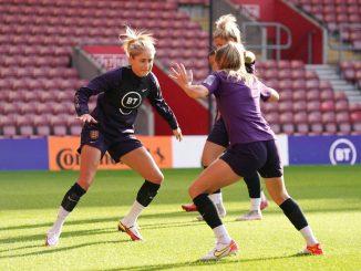 Steph Houghton at England training