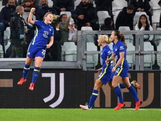 Erin Cuthbert celebrates her goal against Juventus